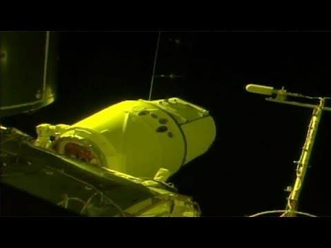SpaceX CRS-12: Dragon berthing to the ISS, 16 August 2017