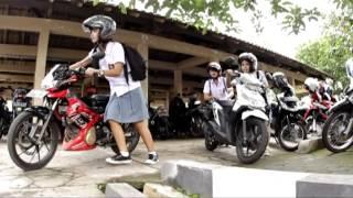 Download Video Maharany Asmara Dewi - FTV Kartini 2013 MP3 3GP MP4