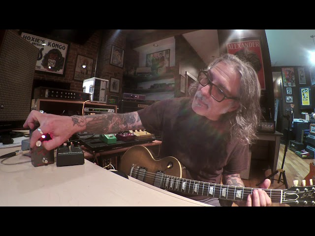 Phil Caivano demos Metropoulos Supa-Boost with Deluxe Reverb