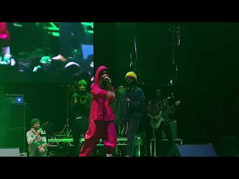 Chronixx ft Koffee - I Don't Care - Live @ Arena Birmingham - Nov 2019