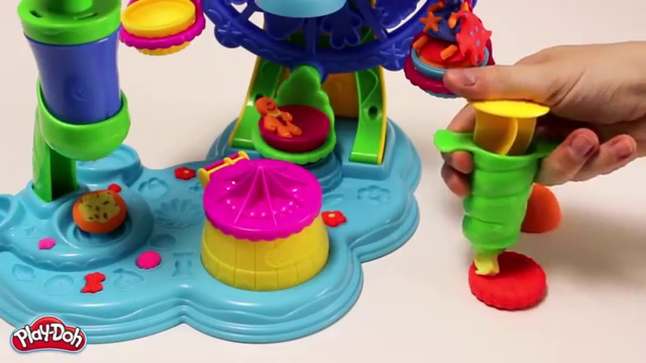 Play-Doh Town 3-in-1 Town Center from Hasbro - YouTube