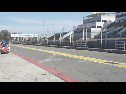 Pruebas En El Autódromo De Buenos Aires