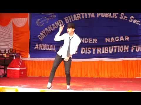 Aditya Chauhan Dance Mera Joota Hai Japani   YouTube 360p