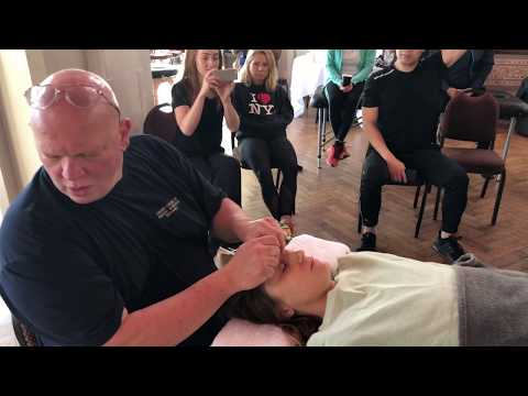 Face Massage. Raynor Massage. Brandon Massaging Becca In London Advanced Raynor Massage Course.