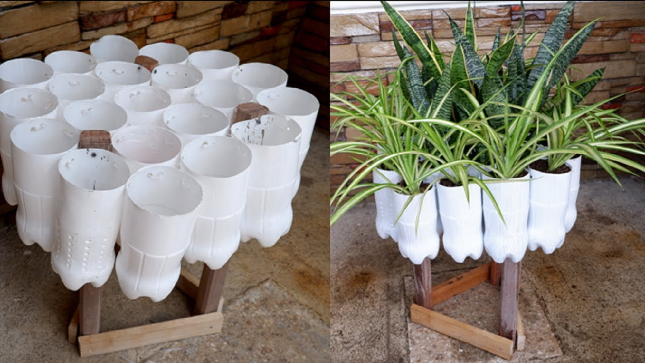 3 Plants Garden Decoration in Plastic Bottles for Space Saving with Stand