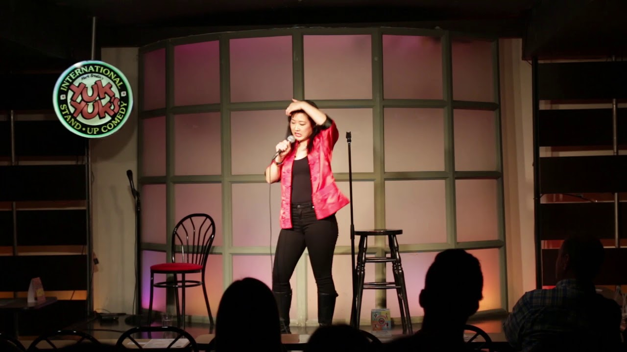 Simmone Park fights against Asian Fetish (Standup Comedy)