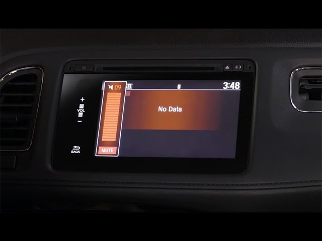 2018 Honda HR-V Tips & Tricks: How to Use the Display Audio Touchscreen