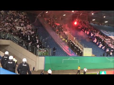 hansa-rostock-fans-praesentieren-ostkurve-hertha-bsc-fahne-hd