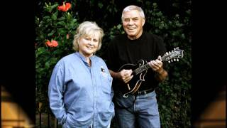Tom T. Hall - No Expectations