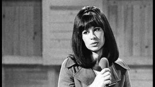 Astrud Gilberto - Fly Me To The Moon.wmv