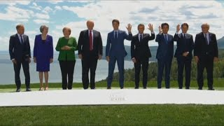 World leaders pose for G7 Summit 'class photo'