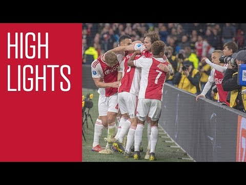 Highlights Ajax - PEC Zwolle