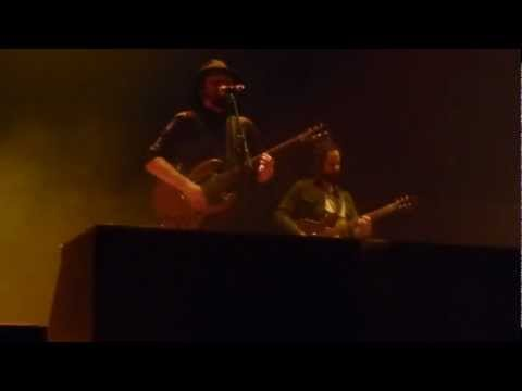 Louis XIV and ronnie vannucci-Cologne-07/03/2013 There's A Traitor in this room