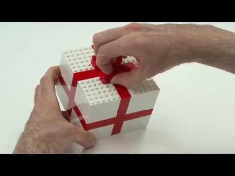 Fun gift wrapping ideas - LEGO Creator - Designer Tips