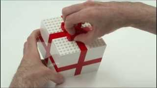 Fun gift wrapping ideas - LEGO Creator - Designer Tips