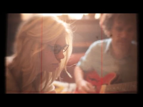 Mindy Gledhill - Hourglass (feat. Robbie Connolly) (Official Video)