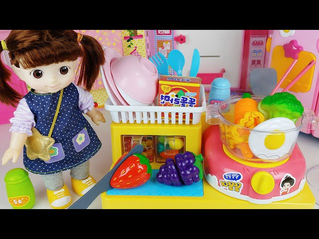 Baby Doll Ramen kitchen and food cooking toys play house story - ToyMong TV 토이몽
