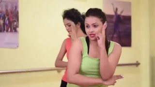 Dance tutorial of bollywood song Afghan Jalebi from Phantom