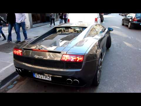 Lamborghini Gallardo LP 560-4 engine sound & accelerate