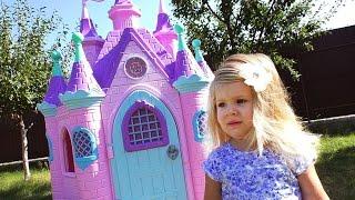 супер замок принцессы сюрприз для принцессы num noms surprise disney princess play castle num noms