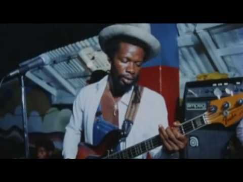 Gregory Isaacs - Party in the slum