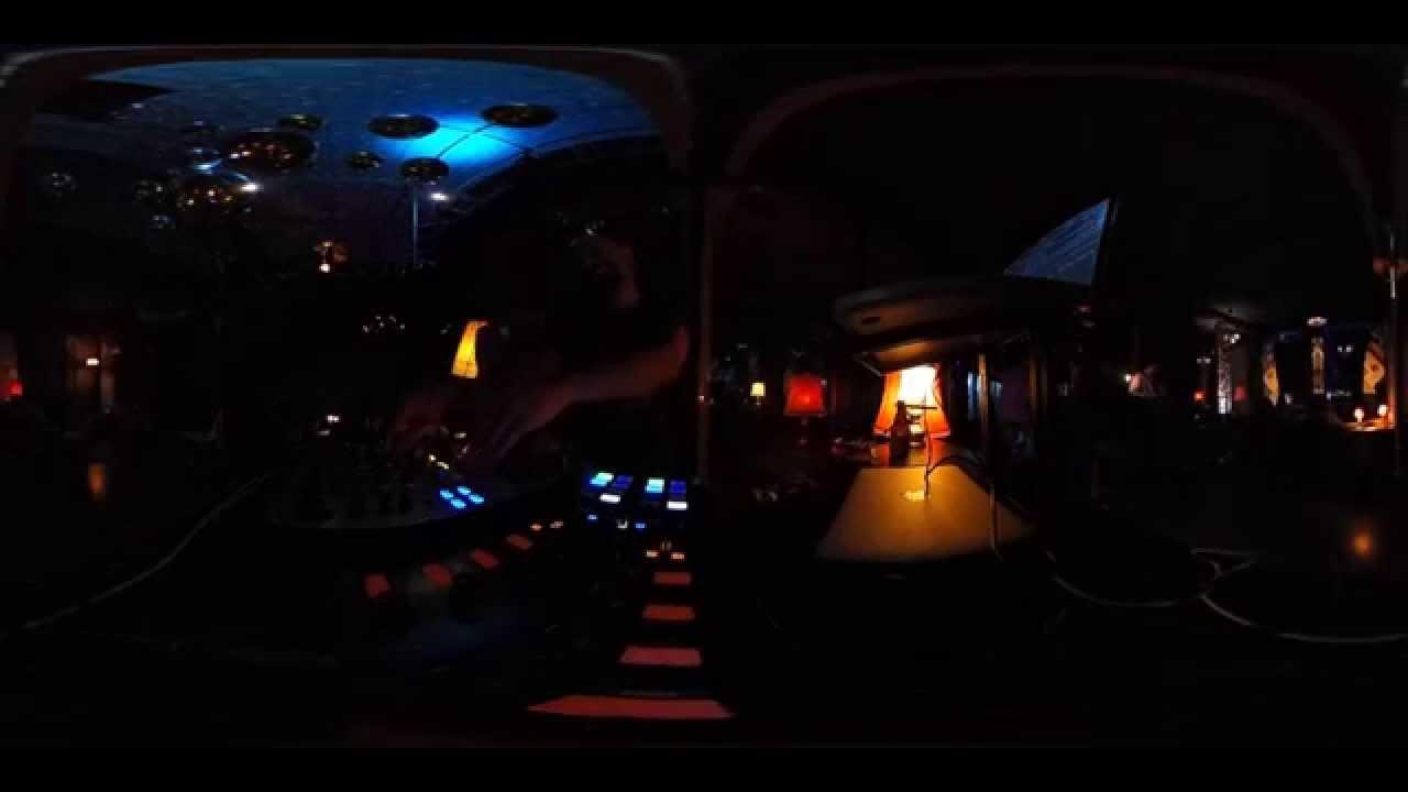 DJ Kemal Küsne Beim Burger Monday Im Wohnzimmer Konstanz In 360° | #theta360