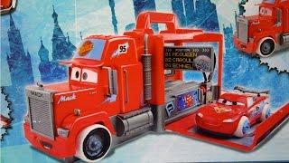 Cars 2 - Mack Dip & Dunk Trailer / Maniek i Zygzak McQueen - Ice Racers - Disney Pixar - CKD34