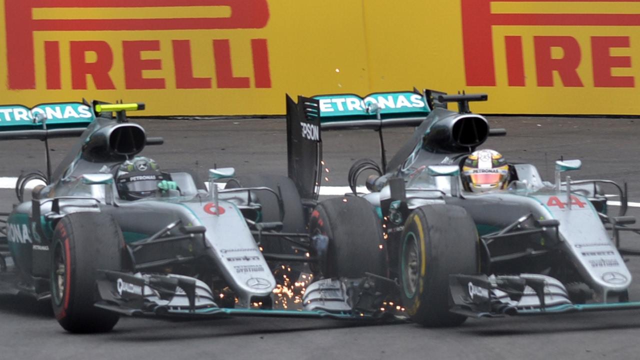 Download Rosberg And Hamilton Clash On Last Lap   Austrian Grand Prix 2016