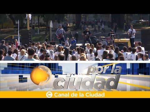 """<h3 class=""""list-group-item-title"""">""""Abrazo Solidario"""" en el marco del Día Nacional de la Solidaridad - Por la ciudad</h3>"""