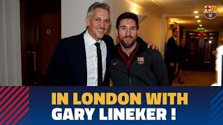 Baixar Leo Messi and Luis Suárez meet up with Gary Lineker at the team hotel in London