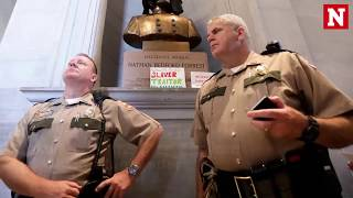 Charlottesville protest revives Confederate statue removal battle