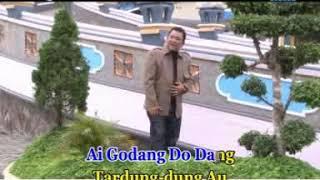 Gambar cover ARVINDO SIMATUPANG - ADONG DO HALONGANGAN [Official Music Video]