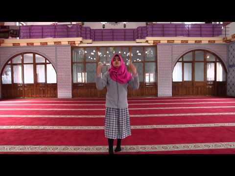 Esma Nur Parlak (Muslimun)
