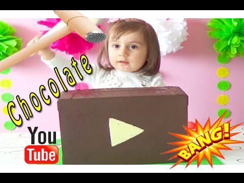 Гигантский шоколадный сюрприз.BASHING Giant Chocolate Surprise button YouTube- Kinder Surprise
