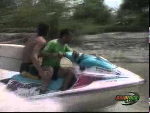 Download MDQ - Eugenio y Cullini surfean La Pororoca