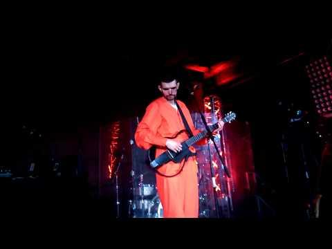 Noize MC - Питерские Крыши (СПБ 2017)из YouTube · Длительность: 3 мин47 с  · Просмотров: 283 · отправлено: 10-11-2017 · кем отправлено: stalkerruz