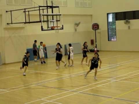 Siting assists Jayne via a jump-ball