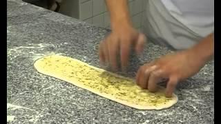 Рецепт итальянской булочки -  панини