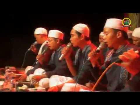 Al Muqorrobin Kendal - Al Hijrotu - Ya Asyiqol Musthofa [Kang Rochim]