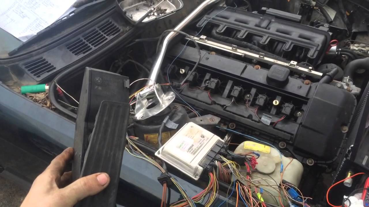 Bmw M54 Zhp Engine Swap Running Youtube