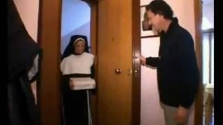 Repeat youtube video Una graditissima visita a casa di Alex Magni (censurato)