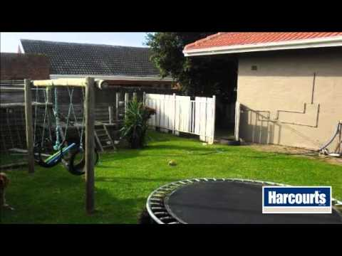 3 Bedroom House For Sale in Dorchester Heights, East London, South Africa for ZAR 1,995,000...