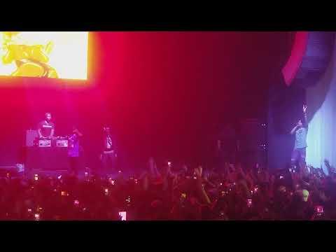 Playboi Carti X Lil Uzi Vert - wokeuplikethis* (Live) Wellmont Theater