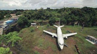 'Terdampar' di Tanah Lapang, Keberadaan Pesawat Boeing 737 di Bali Masih Tinggalkan Misteri