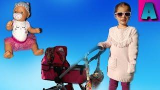 Беби Борн на прогулке в коляске .Игрушки для девочек Baby