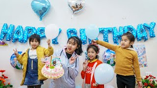 Kids Go To School | Chuns And Friends Making Gato Cake Hello Kitty  Best Friend Birthday