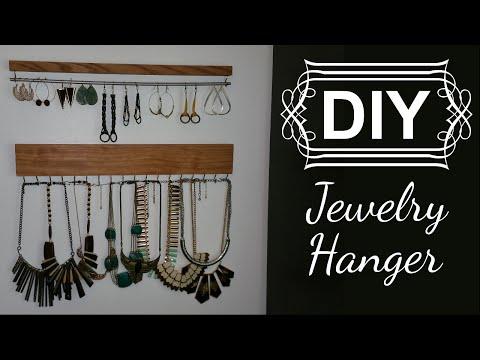 DIY: Jewelry Display/Organizer