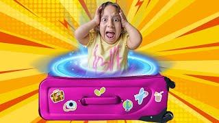 Maria Clara e a História Engraçada do Portal Mágico da Diversão com Baby JP - MC Divertida