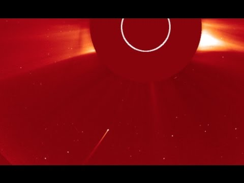 Sundiving Comet, Earthquake, Solar Wind | S0 News Apr.8.2017