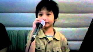 N'FOCUS Sings Karaoke 'ฉันรู้ว่าเธอรู้' Song
